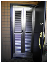 玄関網戸マンション施工例6